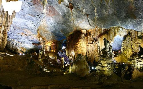Splendid scenery of Thien Duong Cave-3