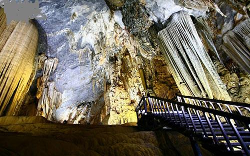 Splendid scenery of Thien Duong Cave-8