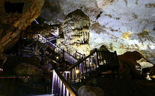 Splendid scenery of Thien Duong Cave-9