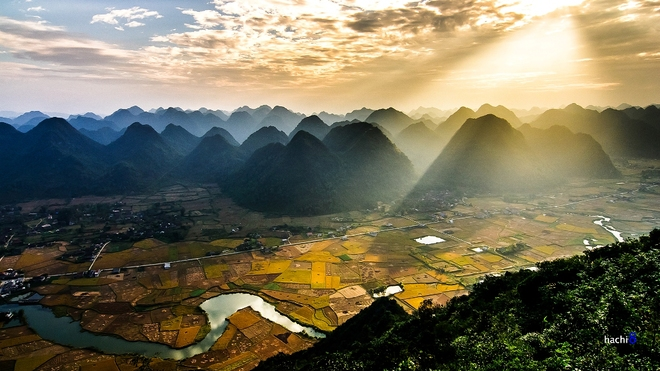Sunrise on Bac Son valley-10