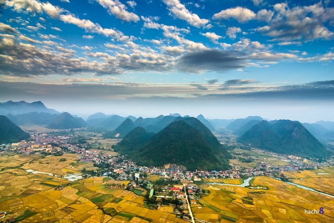 Sunrise on Bac Son valley-6