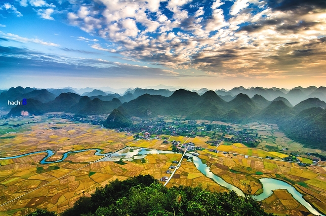 Sunrise on Bac Son valley-7