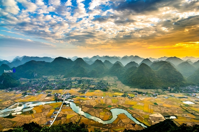 Sunrise on Bac Son valley-9