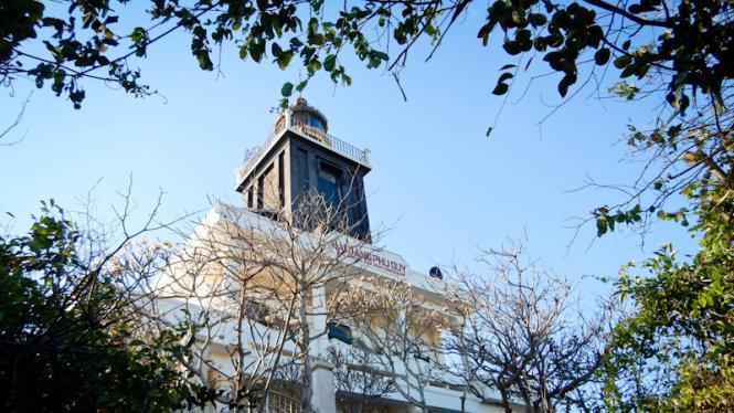 Der Leuchtturm auf Cam Berg ist der Gipfel des Phu Quy.
