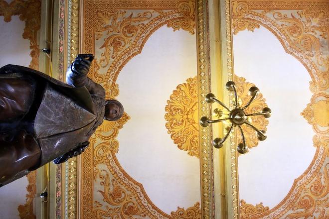All'interno del Palazzo di An Dinh Bao Dai Re-04