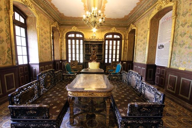All'interno del Palazzo di An Dinh Bao Dai Re-05