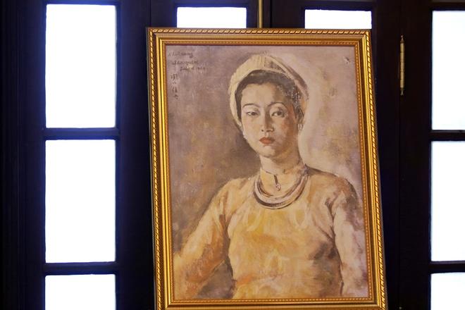 All'interno del Palazzo di An Dinh Bao Dai re-11