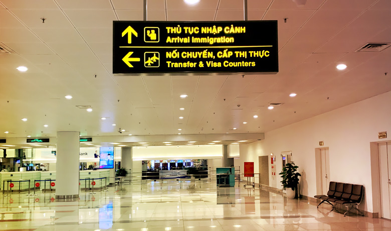 Arrival Immigration in Noi Bai airport